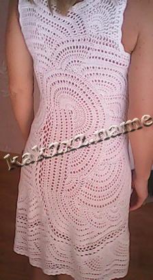 Белое ажурное платье спинка