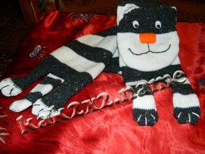 Котошарф - оригинальный шарф в виде кота